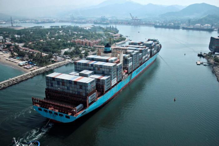 "Blockchain Maersk IBM ""width ="" 700 ""height = ""468"" data-imageid = ""100746755"" data-license = ""IDG"" /> <small class="