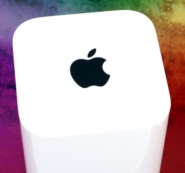 Apple AirPort — яркий пример сочетания прекрасного «железа» и очень слабой прошивки
