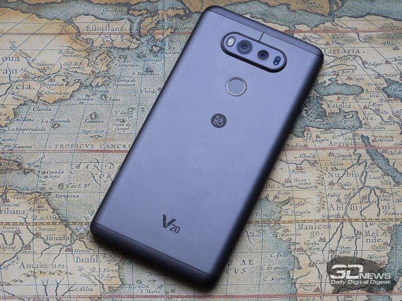 LG V20, вид сзади