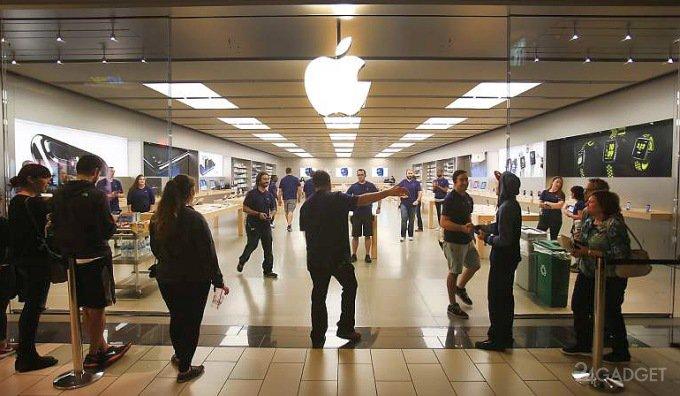 Магазин Apple подвергся ограблению шестью преступниками (2 видео)