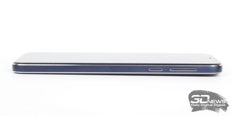 Nokia 7.1, левая грань: слот для двух SIM-карт или одной SIM-карты и одной карты памяти стандарта microSD
