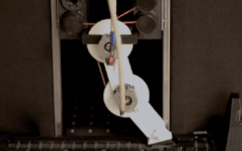 В США создали обучающуюся походке робоногу