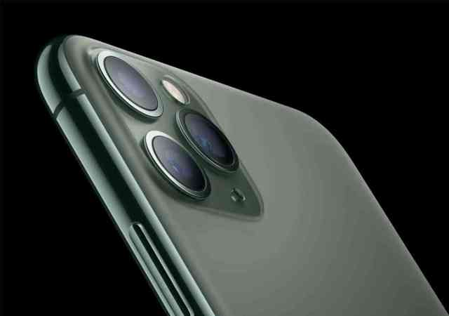 Apple_iPhone-11-Pro_Matte-Glass-Back_091019