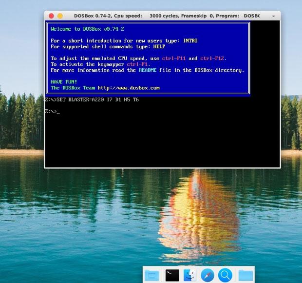 AutoTux поставляется с DOSBOX, эмулятором DOS