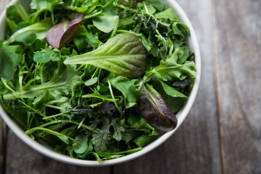 """Листовые зеленые овощи, выращенные AeroFarms. """"Width ="""" 840 """"height. = """"560"""" />   <div class="""