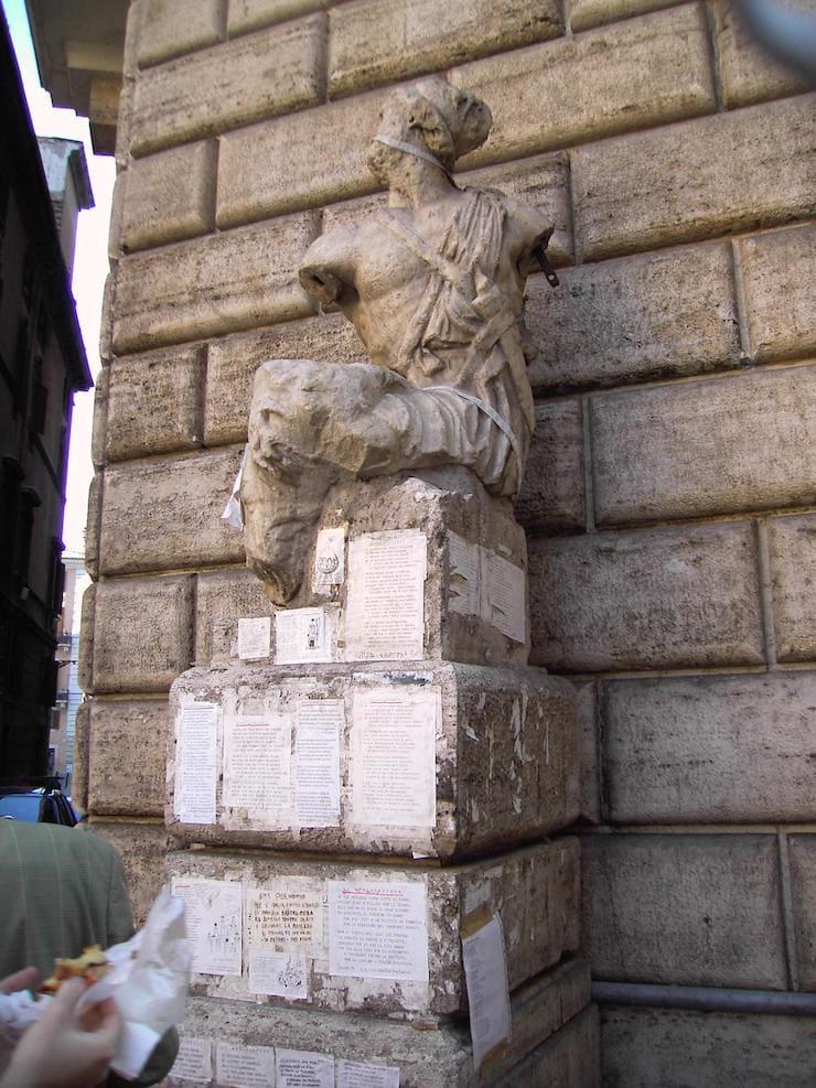 Пасквинская статуя