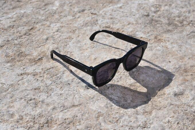 Солнцезащитные очки 32°N мгновенно превратятся в очки для чтения (3 фото)