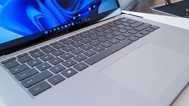 Клавиатура и тачпад Surface Laptop Studio