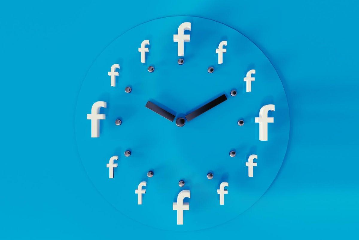 "facebook-time-shutterstock-280073456.jpg ""height ="" auto ""width ="" 1200 ""/> </span><figcaption> <span class="